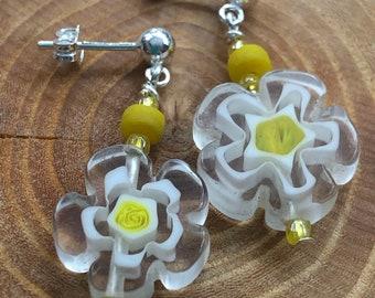 Post dangle earrings, daisy post dangle earrings, daisy tween earrings, youthful earrings, spring post dangle earrings, daisy earrings.