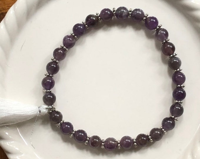 Amethyst woman's stretch bracelet, semi precious stone stretch bracelet, purple stretch bracelet, womans fashion stretch bracelet