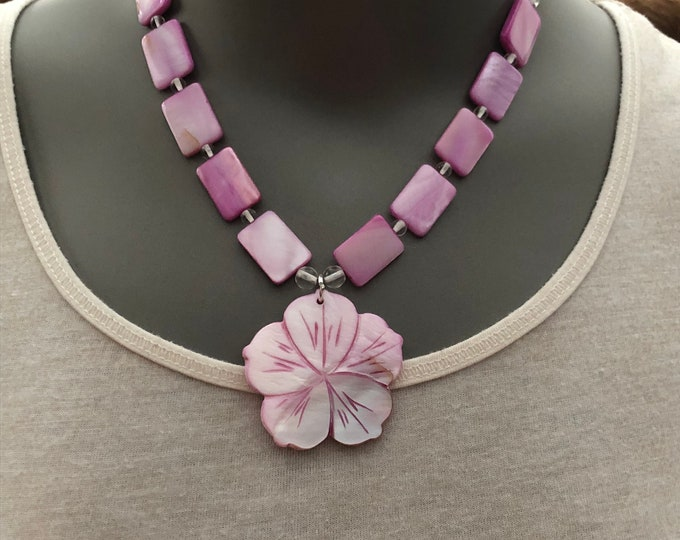 Pink statement necklace, shell bib necklace, flower shell necklace, shell statement necklace, pink flower necklace