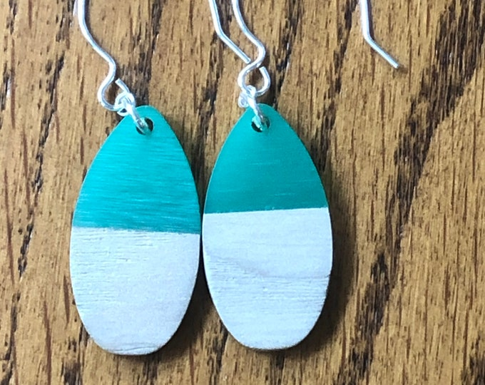 Wood and resin dangle earrings, green resin and wood drop earrings, wood and resin teardrop earrings, trendy wood and resin earrings