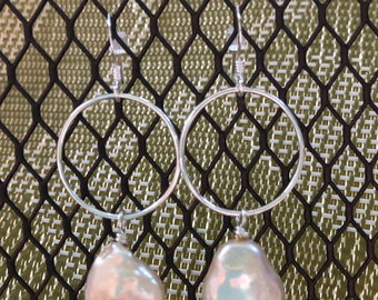 Sterling silver dangle earrings, large sterling silver ring earrings, sterling silver fashion earrings, cream cultured pearl dangle earrings
