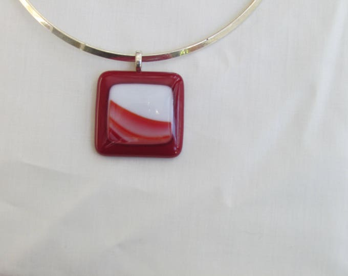 Red pendant, fused glass red necklace, red and white swirl inset.  On an 15 1/2 inch metal collar choker.