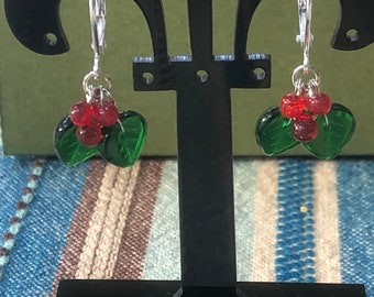 Holly berry jewelry, Holly berry earrings, Christmas earrings, holiday earrings, holly berry dangle earrings, holly berry theme jewelry.