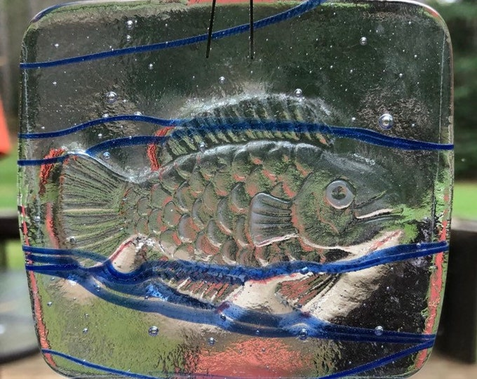 suncatcher, fused glass suncatcher, fish suncatcher, blue and clear fish suncatcher.