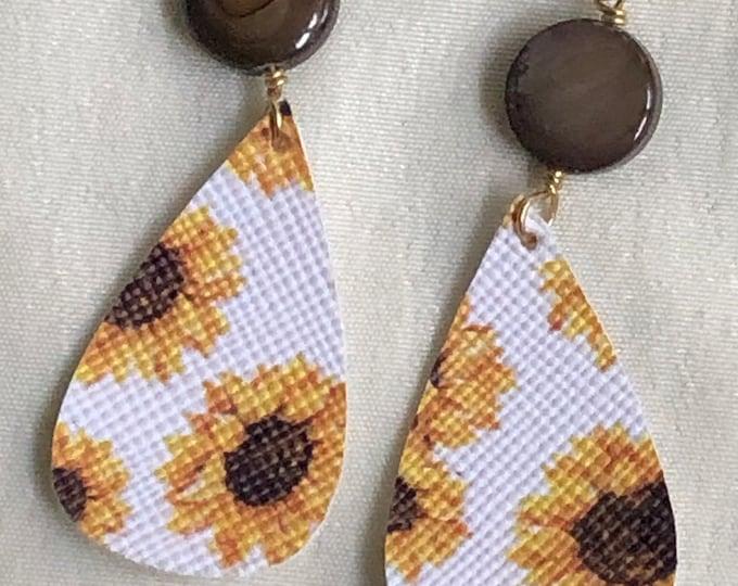 faux leather teardrop earrings, gold faux leather sunflower teardrop earrings, gold sunflower teardrop earrings, sunflower pattern earrings