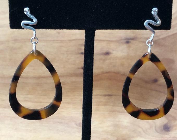 Tortoise shell earrings, tortoise shell acrylic earrings, tortoise shell and sterling silver earrings, dangle tortoise shell earrings.