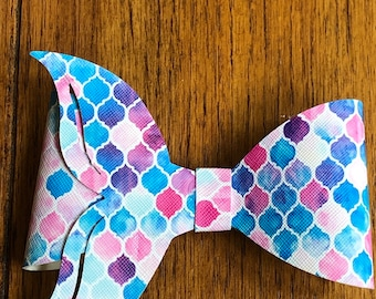 Mermaid tail faux leather hair bow, faux leather mermaid tail barrette, faux leather pink mermaid tail hair barrette, large mermaid tail bow
