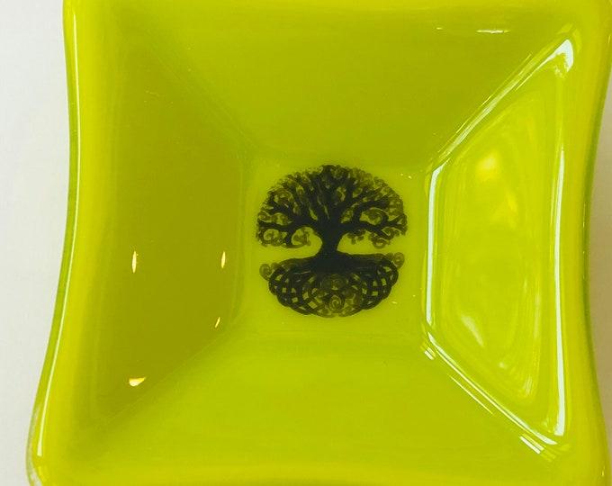 tree of life trinket dish, Celtic tree of life ring dish, small tree of life dish, detailed tree of life ring dish, fused glass jewelry dish