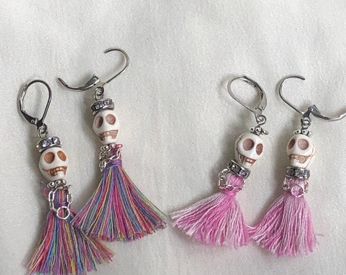 Day of the dead earrings, skull and tassel earrings, white skull earrings with pink tassel, fashion skull earrings, sugar skull earrings