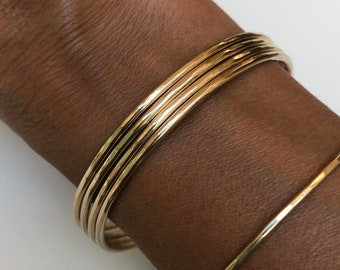 12 gauge gold bangle etsy 14k gold bangle 2mm solid gold 12 gauge 203mm thick full round wire smooth or hammered luxurious heirloom quality hallmarked 14k keyboard keysfo Images