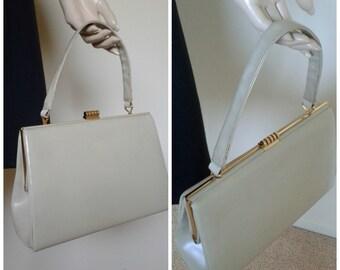 c80d78e85873c Vintage 60s/70s Mod Handbag/Leather Purse/Beige Gold /1960 Mad Men~Mrs  Maisel/Rockabilly Pinup Girl/VLV/Jackie O/