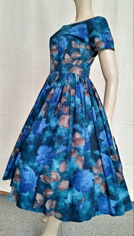 Vintage 50s/60s Shirtwaist Cotton Dress/Blue Brown
