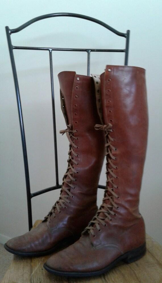 Jahrgang der 30er Jahre braun Stiefel schnüren Leder Sohlen antike 1930 Prairie Wild West Steampunk groß Knie hoch Vertiefungen Ära
