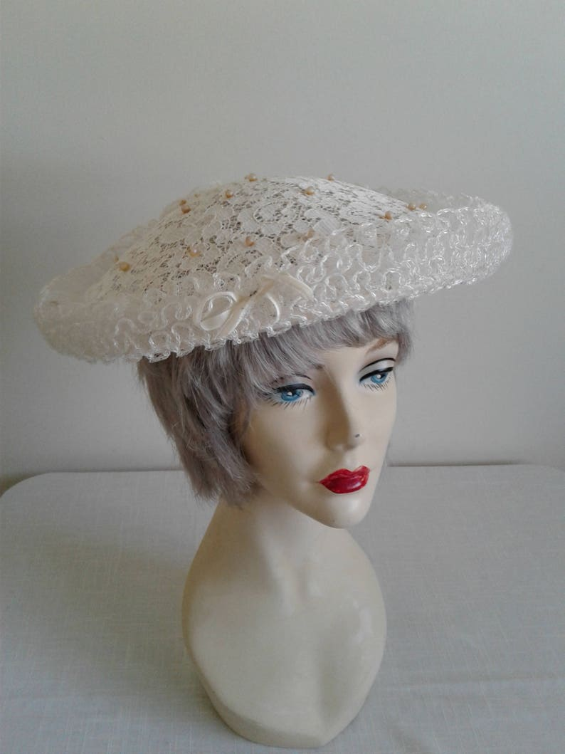 b008a1c33 Ivory White Vintage 50s Hat, Large Wide Brim, French vintage, Bridal Party  Wedding Fascinator, Retro Boho Hat