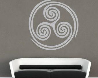 DRIEVOUDIGE spiraal gestanste Vinyl Sticker - Triskele oude spirituele groei Evolution symbool muur-deur-glas-raam muurschildering Decal [704-504]