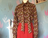 Vintage 1970s Tie Neck, Pussy Bow, Brown & Rust Day Dress. Geometric Pattern, Long Sleeves, Polyester