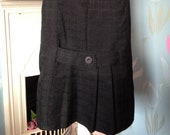 Vintage 1980s Black Pencil Skirt, Wiggle Skirt, With Kick Pleat. Smart, Retro, Eighties.
