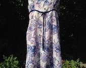Vintage 1970s nightie, night dress, baby doll with buttons, ribbon and blue flowers. Nightwear, Lingerie.