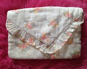 Vintage c. 1940s Handmade Hankie or Stocking Holder, Bag, Purse. Storage, Floral, Bedroom.