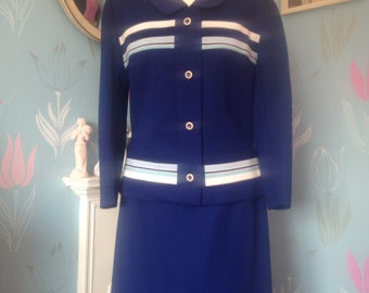 Mod Style. 1970s Two Piece Ladies Crimplene Suit Mod Style Jacket and Skirt Navy and White Vintage 1960s