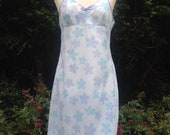 Vintage 1960s, 1970s cotton floral patterned full slip, petticoat in shades of pale blue & purple. Lingerie, lounge wear