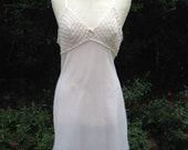 Vintage 1960s 1970s Nylon Off White Full Slip, Petticoat. Knitted Effect Bust. Lingerie, Underwear, Lounge Wear.