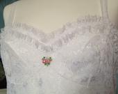 Vintage 1960s, 1970s Pippa Dee white lace full slip, petticoat. Underwear, lingerie. Bridal, wedding lingerie.