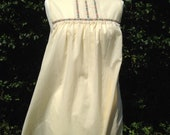 Vintage 1970s nightie, night dress, baby doll with embroidery.