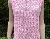 Vintage 1960s Pink & White Acrylic Knit Etam Sleeveless Jumper, Sweater, Mod Style.