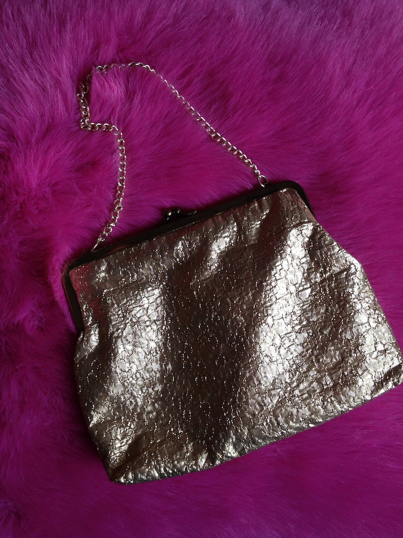 Vintage 1950s 1960s Gold Purse  Bag with Chain. Hand Bag image 1