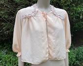 Vintage 1940s Peach Silk Bed-Jacket with Lace. Nightwear, Sleepwear, Lingerie.