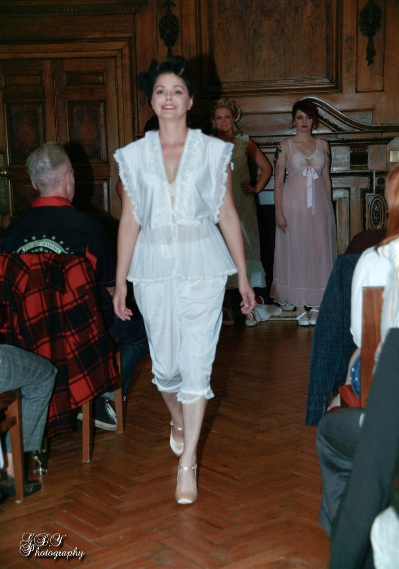 Vintage 1980s Charnos White Pyjamas PJs. Sleepwear image 0