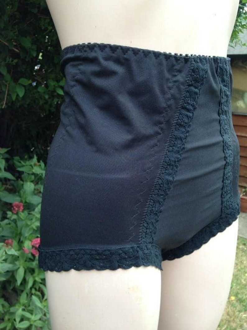 Vintage Black Stretchy Shape Wear Knickers Panties. image 0