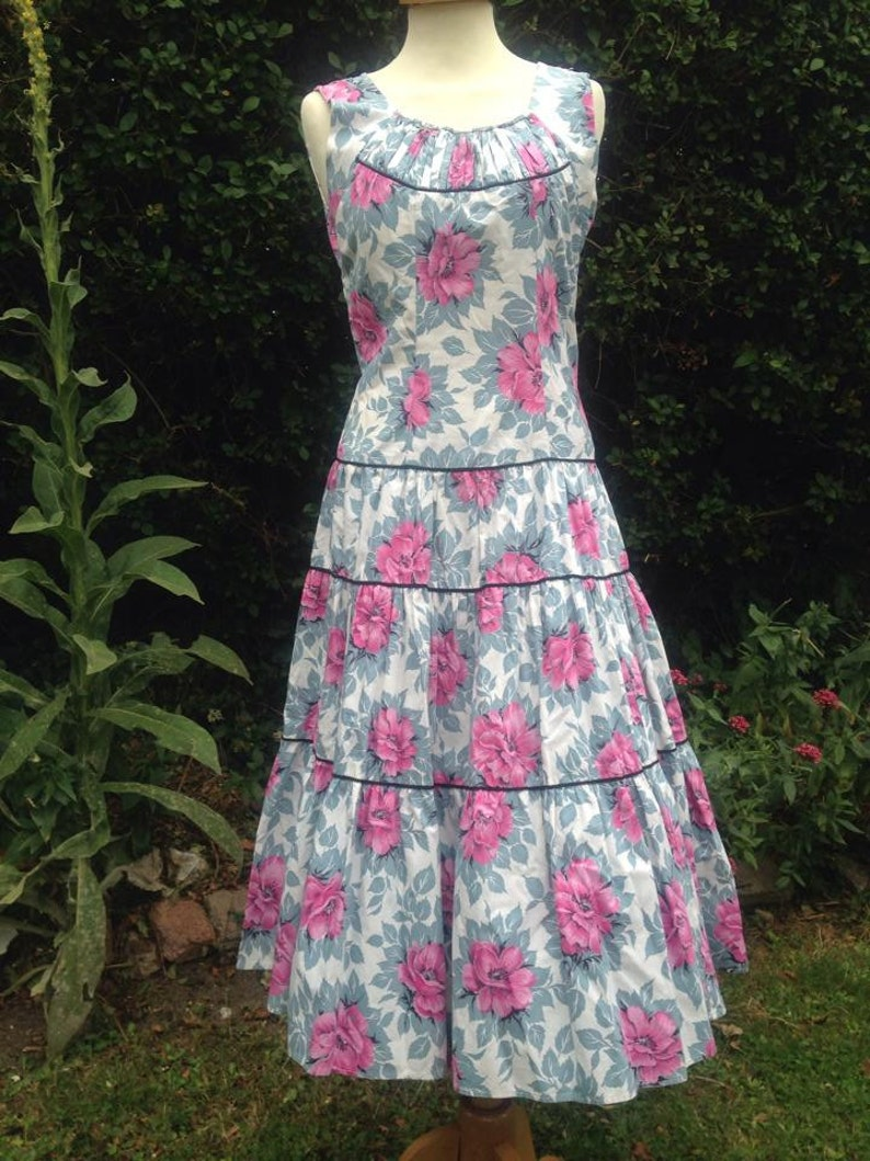 Vintage 1950s Mid Century cotton floral dress with dropped image 0