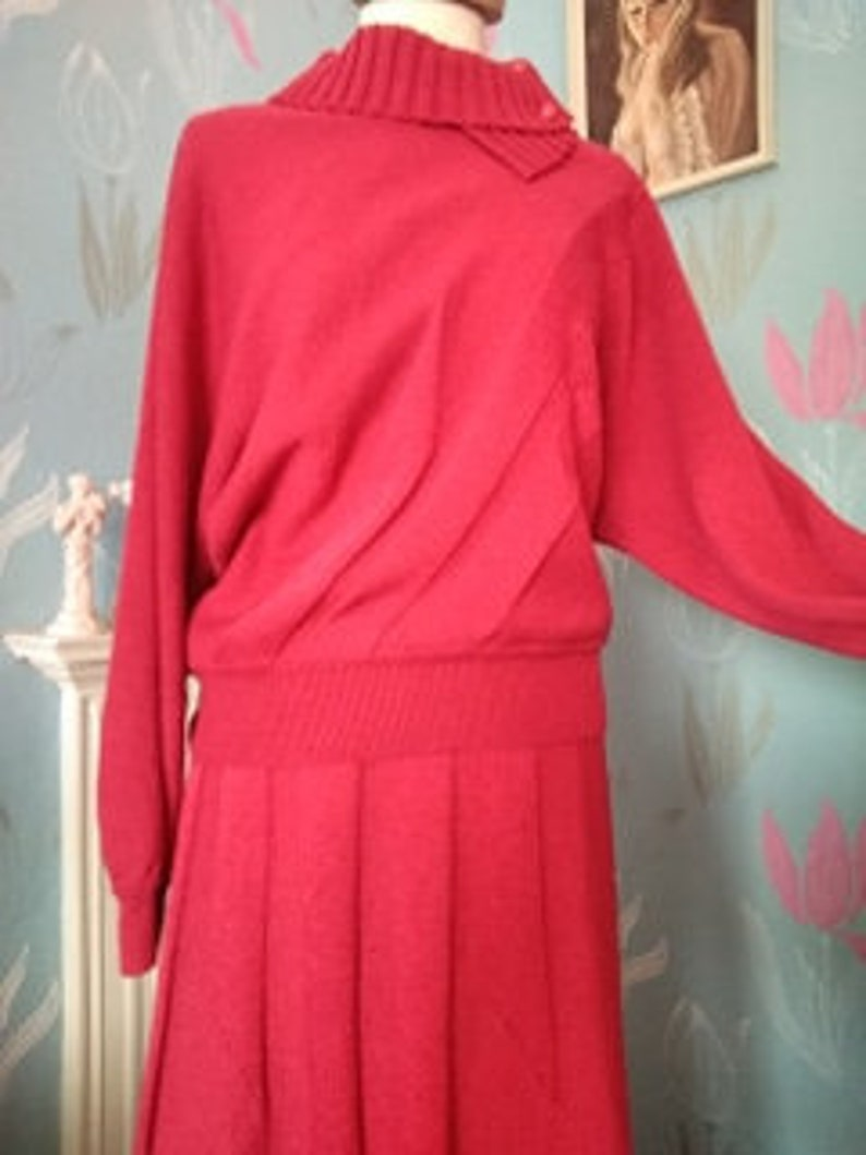 Vintage 1980s Two-Piece Woollen Sweater Jumper and Skirt Set. image 0