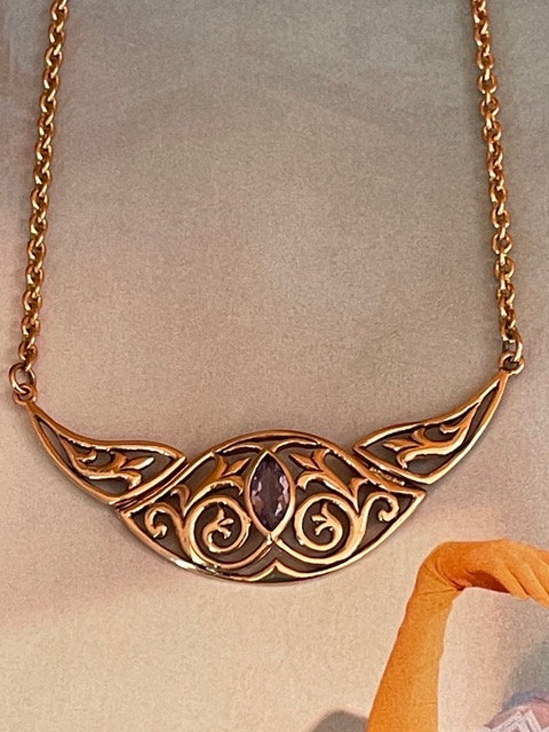 Solid Copper Celtic Knot Necklace with an Amethyst stone #CTN999