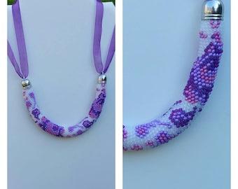 """""""Summer"""" beads crochet necklace."""