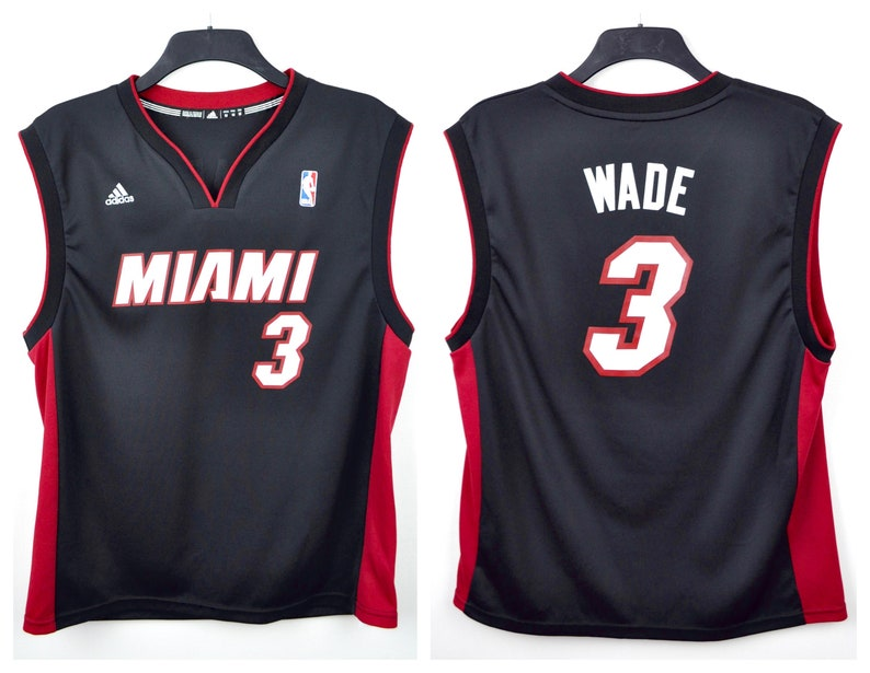 on sale b01ac 7603a Dwyane Wade MIAMI HEAT Jersey #4 Men's Medium Adults Adidas Vintage NBA  Basketball Tank Shirt Vest Swingman Bulls Top usa jumper nbatv bulls