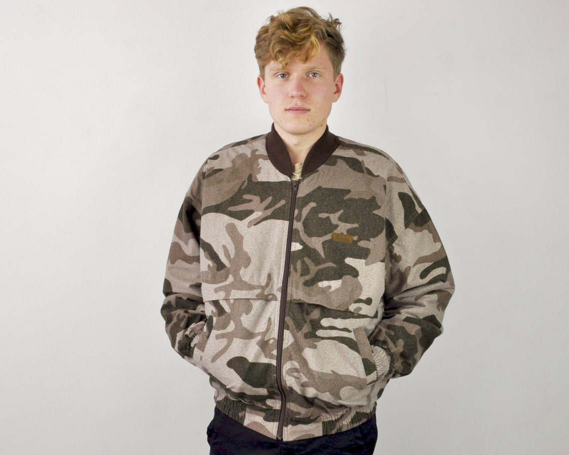 Cabelas Made In Canada Thinsulate Men's Large Insulated Bomber Jacket Camo Camouflage Varsity Full Zip Up Winter Hunting Fishing Hunter L 9
