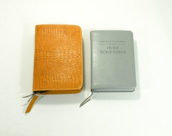 Deluxe / Standard Size - New World Translation Zippered Bible Cover Jehovah's Witness -  Mango Yellow leather