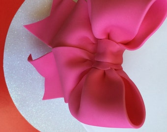 Cake decoration hot pink bow gum paste fondant for birthday cake