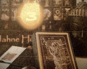 REVELATION TAROT - Ask Three Questions