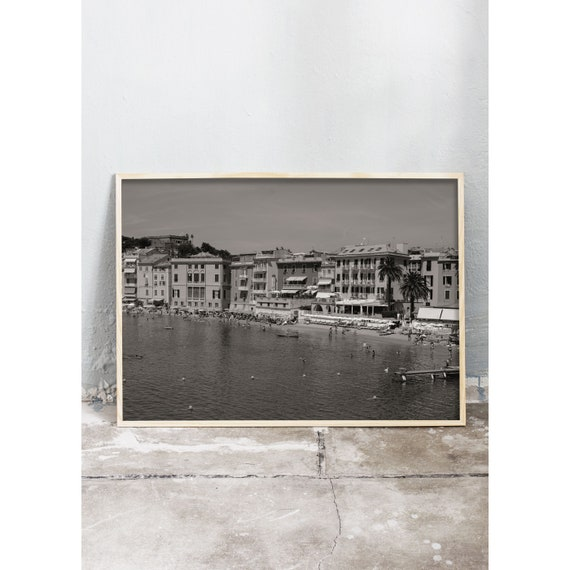 Black and white digital downloadable photo of the beach in Sestri Levante, Italy.
