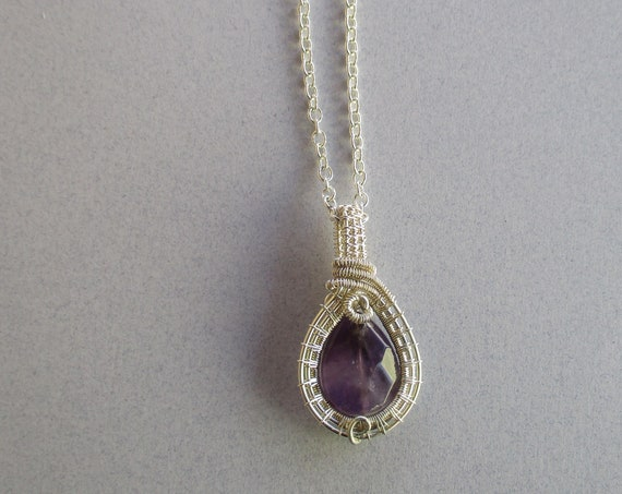 Amethyst Woven Wire Pendant Necklace N47185