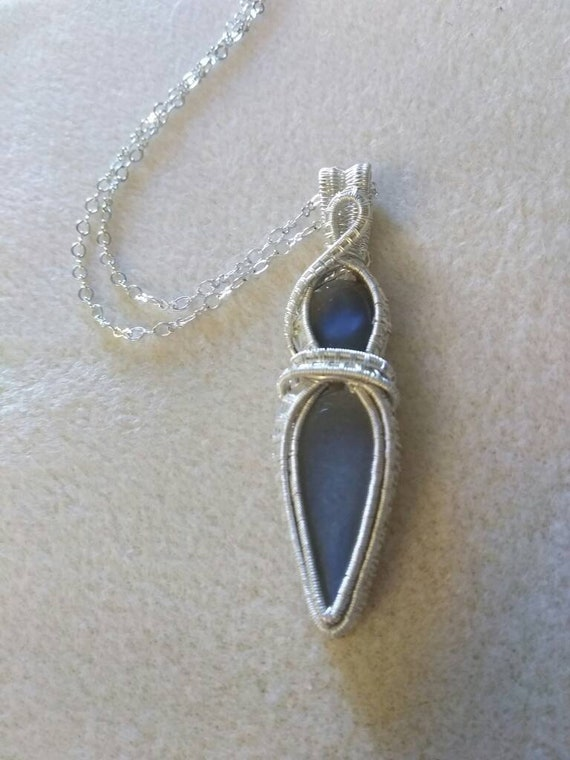 Grey Moonstone Wire Rapped Pendant Necklace, Grey Moonstone Woven Wire Pendant Necklace N109182