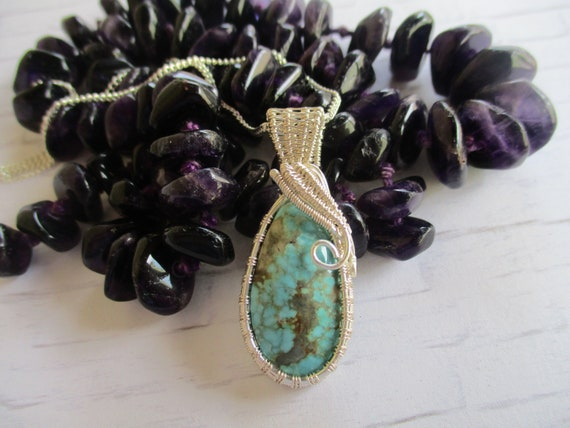 No. 8 Turquoise Wire Wrapped Cabochon Pendant Necklace N51181