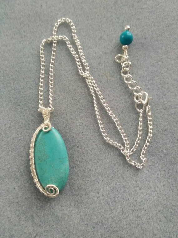 Magnesite Wire Weave Pendant Necklace N214181