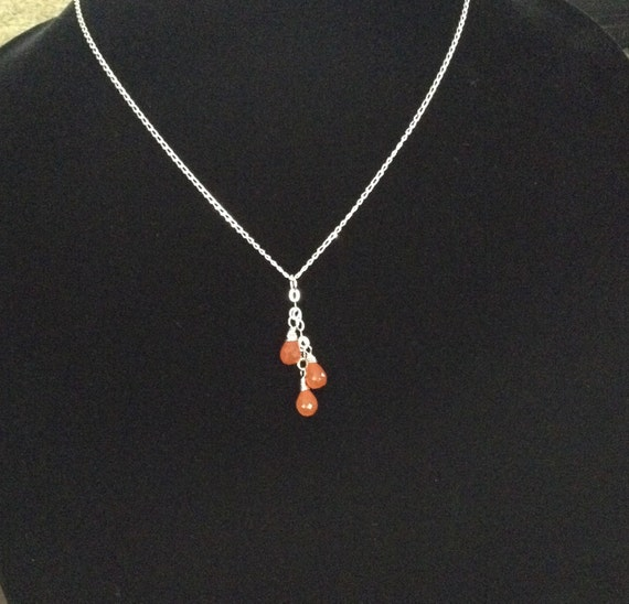 Carnelian Briolettes Necklace on Sterling Silver Chain NSS61517102