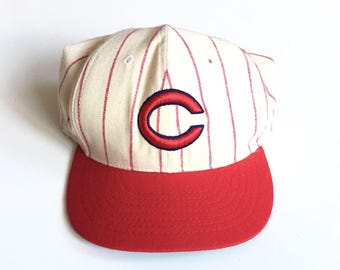 4e721876b Vintage Cincinnati Reds Pinstripe fitted roman fitted size 7 1980s  cooperstown collection officially licenced made in usa white red cotton