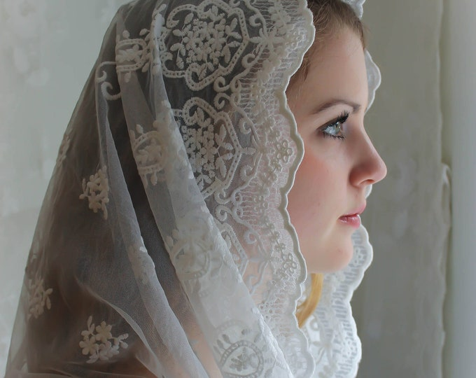 Evintage Veils~NOT QUITE PERFECT  Our Lady of Angels** Vintage Inspired Lace Chapel Veil Mantilla Infinity Veil